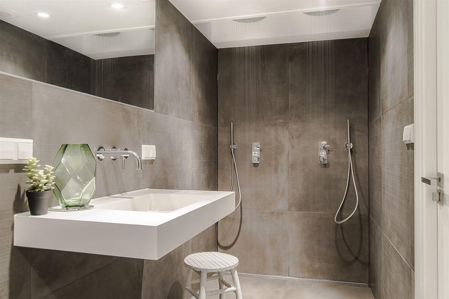 Badkamer verbouwen of verplaatsen wat gaat dit kosten for Kostprijs renovatie badkamer