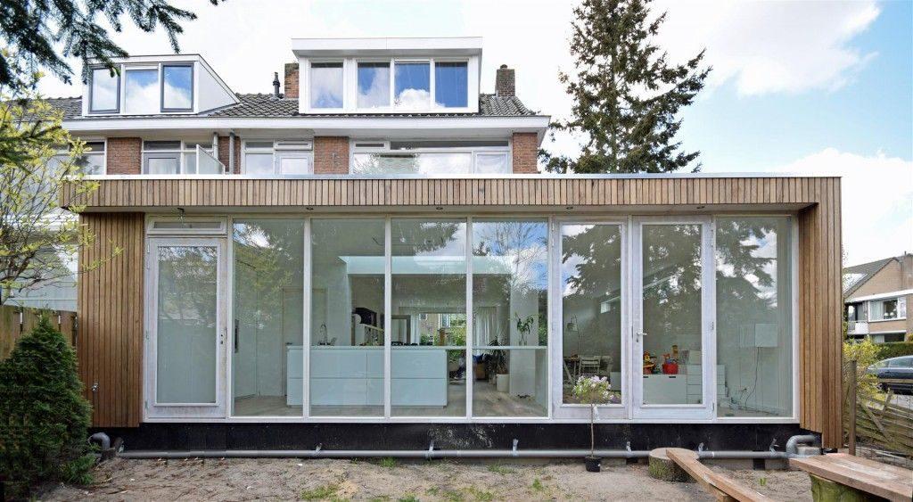 Houten uitbouw laten plaatsen voor een scherpe prijs for Glazen uitbouw